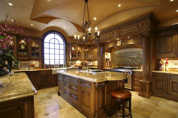 Большая кухня – обстановка под стать