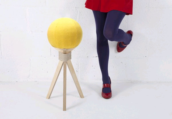 «Одуванчик» вместо стула