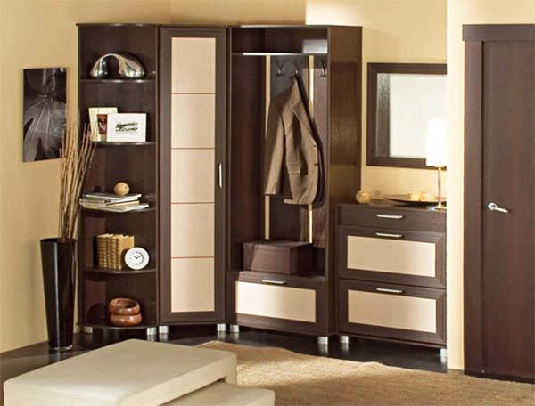 Недорогие прихожие: как сэкономить на покупке мебели для входной зоны?
