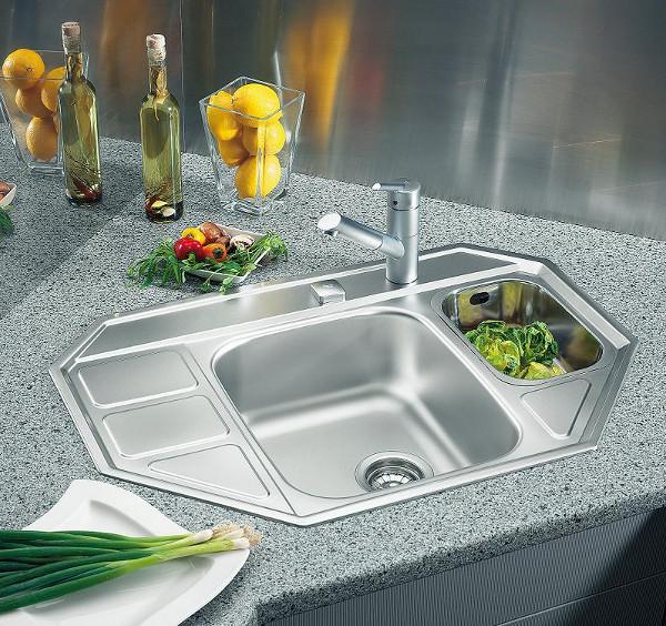 Кухонные мойки: виды, характеристики и критерии выбора