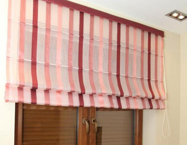 Чистка рулонных штор: 5 полезных советов