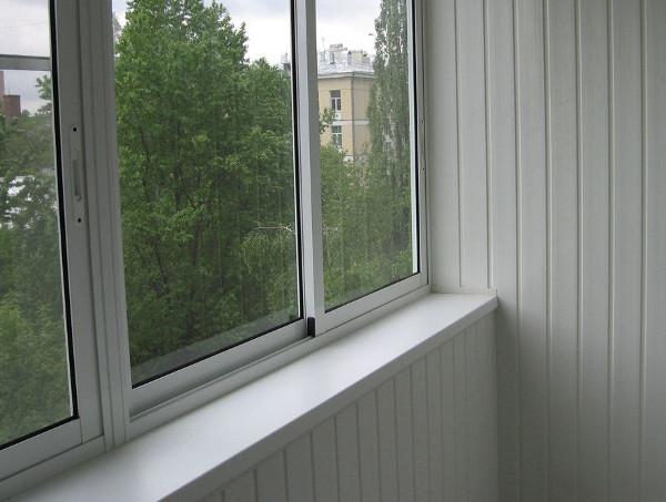 Остекление балконов и лоджий алюминиевым профилем: особенности и преимущества