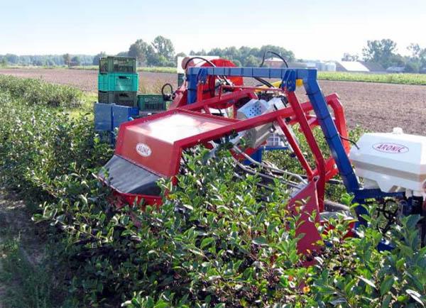 Техника – главный помощник в борьбе за урожай