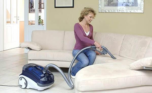 Несколько правил ухода за мягкой мебелью
