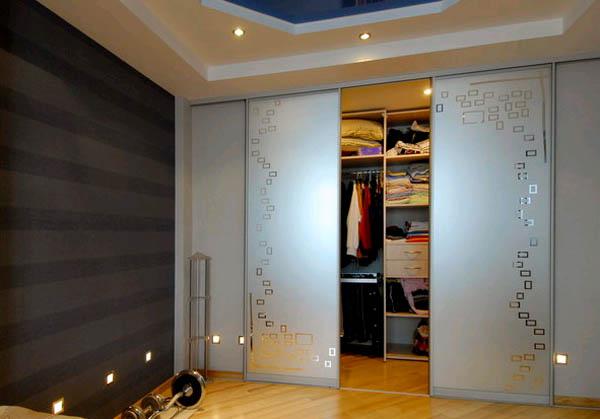Встроенные шкафы-купе – выбор современного человека