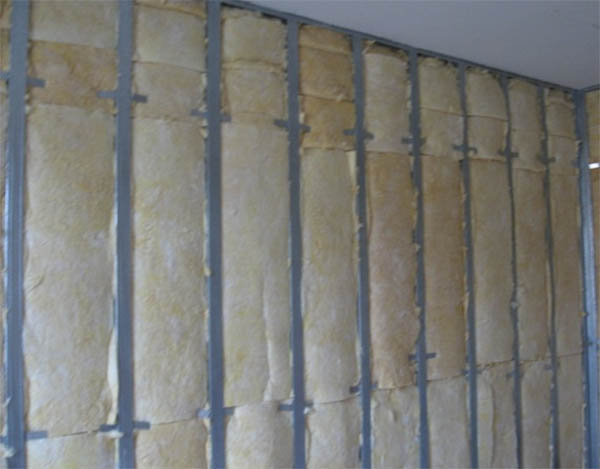 Утепление стен квартиры изнутри: «за» и «против»