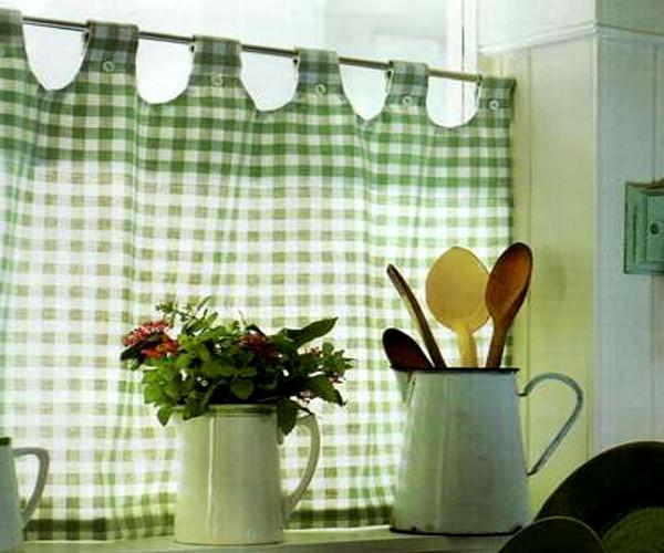 Штора-маечка для кухни: оригинально и свежо